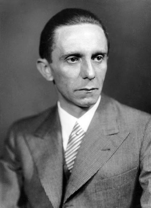 Dr Joseph Goebbels - hitlerowski minister propagandy i oświecenia publicznego