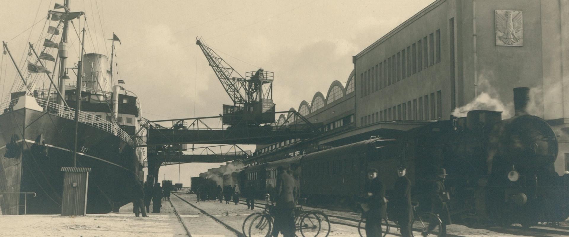 Gdynia - dworzec morski, lata trzydzieste XX wieku