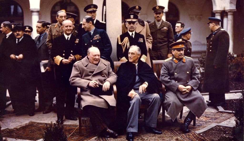 Konferencja w Jałcie - W.Churchill, F. D. Roosevelt, J. Stalin (domena publiczna)