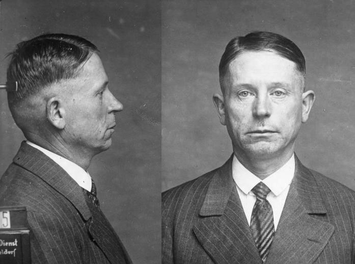 """""""Morderca z Düsseldorfu"""" Peter Kürten, zdjęcie policyjne z 1931 roku"""